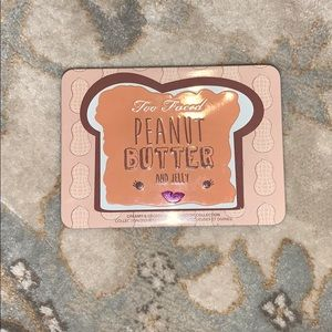 Too Faced Peanut Butter and Jelly eyeshadow